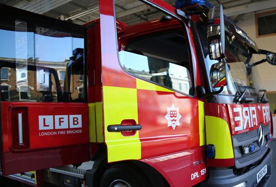 ROYAUME-UNI : Un incendie déclenché par une e-cigarette en chargement.